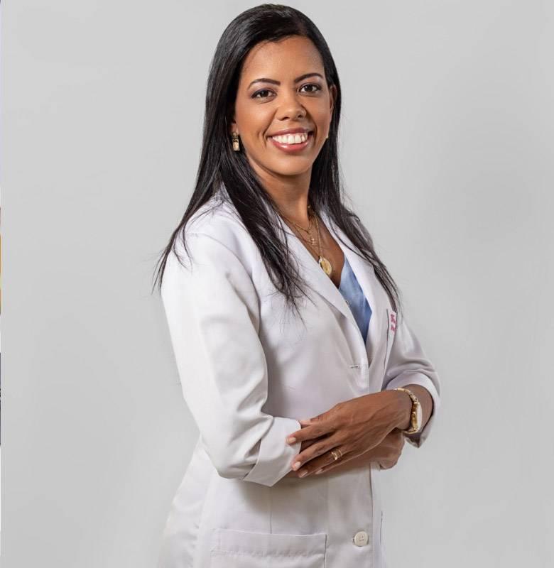 Dra-Fernanda-Nutricionista